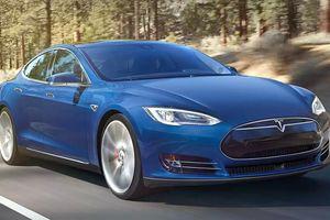 Электрокар Tesla установил мировой рекорд