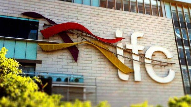 Международная финкорпорация впервый раз оформила кредит вгривне