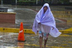 """На Мексику обрушился ураган """"Франклин"""", идет эвакуация"""
