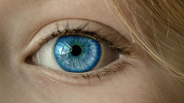 Школьница создала приложение для ранней диагностики слепоты у больных диабетом