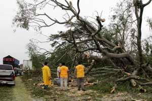 """Ураган отрезал от """"большой земли"""" более 10 тысяч мексиканцев"""
