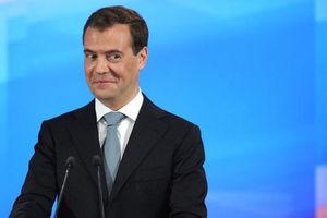 После конфуза с трусами в Сети снова высмеяли Медведева