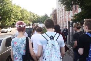 У Санкт-Петербурзі напали на ЛГБТ-активістів: опубліковано відео