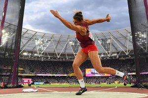 Сандра Перкович стала чемпионкой мира в метании диска