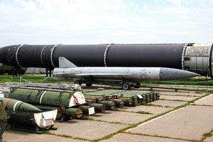 """Украинский """"след"""" в ракетах КНДР: Турчинов ответил на обвинения"""
