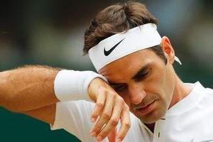 Федерер снялся с турнира в Цинциннати и подарил Надалю звание первой ракетки мира