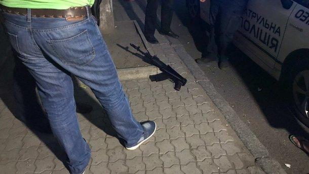Подозреваемый освобожден под залог 128 тыс. грн— Стрельба вДнепре