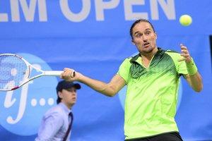 Долгополов победил теннисиста из топ-30 на старте турнире в Цинциннати