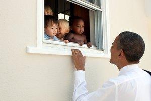 Твит Обамы побил исторический рекорд по популярности
