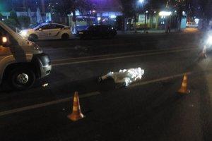 Смертельное ДТП во  Львове:  маршрутка переехала  молодого парня