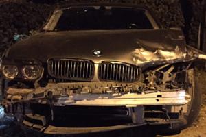 Устроил несколько ДТП и сбежал: в Одессе водитель BMW сбил 19-летнюю мотоциклистку