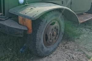 В Украине обнаружили редкий раритетный грузовик