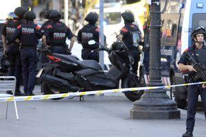 В барселонском теракте подозревают 17-летнего парня: появилось фото