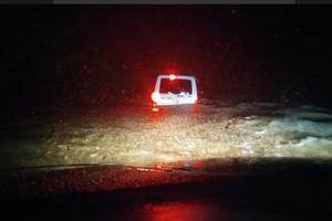Потоп в Крыму: реки вышли из берегов, машины смывает потоками воды