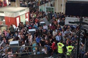 Во Франции из-за вооруженного мужчины полиция эвакуировала людей с вокзала