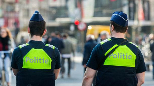 Водитель автомобиля совершил наезд на людей в Бельгии. Фото: EPA