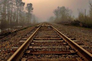 В Харьковской области парень погиб под поездом