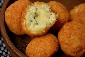 Рецепт дня: жареные рисовые шарики
