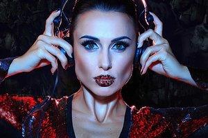 """Экс-NIKITA Анастасия Кумейко стала диджеем и снялась в """"горячей"""" фотосессии"""