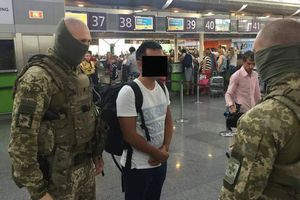 """Секс-рабство за границей: студент-иностранец """"продавал"""" украинок в Китай"""