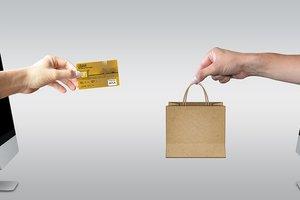 В НБУ рассказали, доверяют ли украинцы платежным карточкам