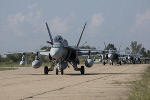 В Румынию прибыли истребители ВВС Канады