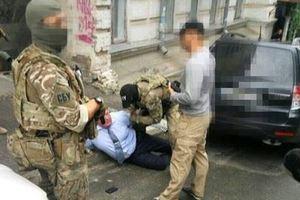"""На крупной взятке """"погорел"""" генерал полиции"""