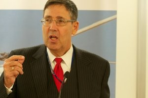 Экс-посол США рассказал о шансах на получение Украиной летального оружия