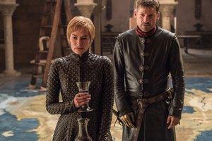 """Стало известно, сколько звезды """"Игры престолов"""" зарабатывают за серию"""