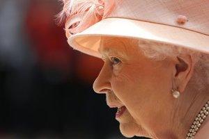 Елизавета II пожелала украинцам счастья на следующий год