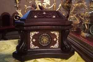 В монастырь на Закарпатье передан на вечное хранение ковчег с мощами Николая Чудотворца