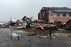 """На США обрушился ураган """"Харви"""": есть первая жертва"""