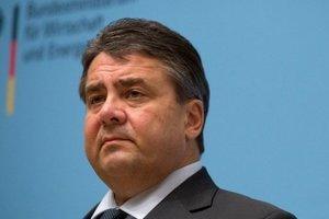 Глава МИД ФРГ выступил за поэтапное снятие санкций с России