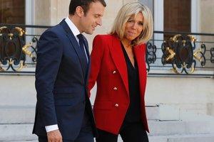 Модный выход первой леди Франции: 64-летняя Бриджит Макрон надела мини за 3400 долларов