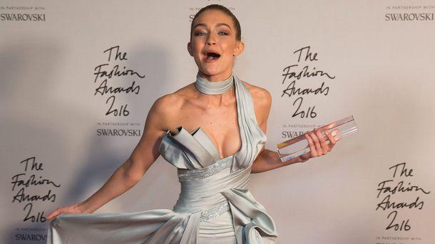 Украинка впервый раз примет участие в огромном шоу Victoria's Secret: фото красотки-модели