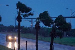 Украинцев среди пострадавших или погибших в результате урагана в Техасе нет