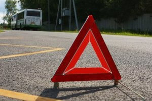 В Харькове столкнулись патрульное авто и маршрутка: появились фото