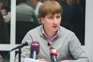 Главе аппарата КГГА Владимиру Бондаренко объявлено подозрение в подделке диплома