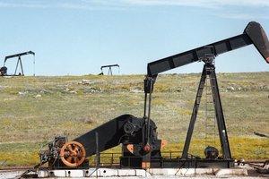 США распечатают стратегический запас нефти