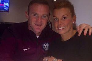 Жена Уэйна Руни ушла из дома после пьяной поездки футболиста с другой девушкой
