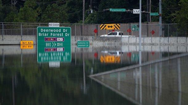 ВТехасе из-за наводнений оказались затоплены 13 объектов для хранения токсичных отходов