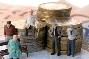 Розенко рассказал, когда в Украине заработает накопительная пенсионная система