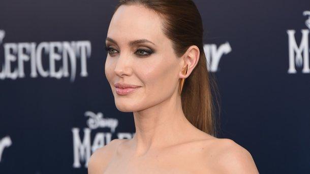 Анджелина Джоли разъяснила, что толкнуло ее продолжить актёрскую карьеру