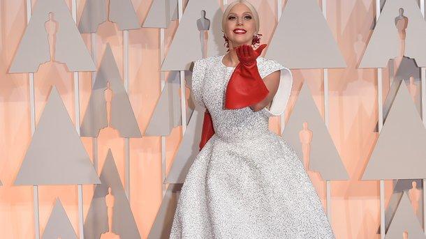 Эпатажная Леди Гага наToronto Film Festival