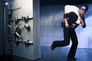 В Таиланде вежливый налетчик ограбил банк