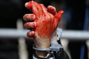 В Кривом Роге отец зверски убил восьмилетнюю дочь