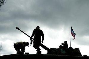 Стало известно, где боевики прячут свои танки на Донбассе