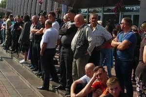 """Пассажирам из """"поезда Саакашвили"""" предложили ехать в Украину автобусами"""