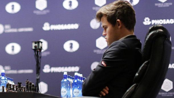 Магнус Карлсен впервый раз за10 лет вылетел сКубка мира пошахматам