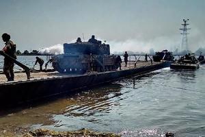 Как украинские военные форсировали Днепр: появились яркие фото